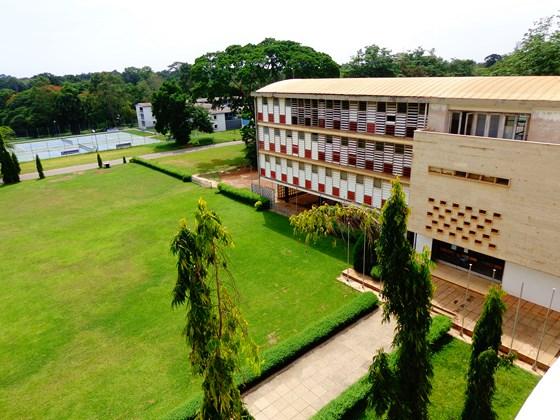De omstreden positie van het Akan aan een Ghanese universiteit