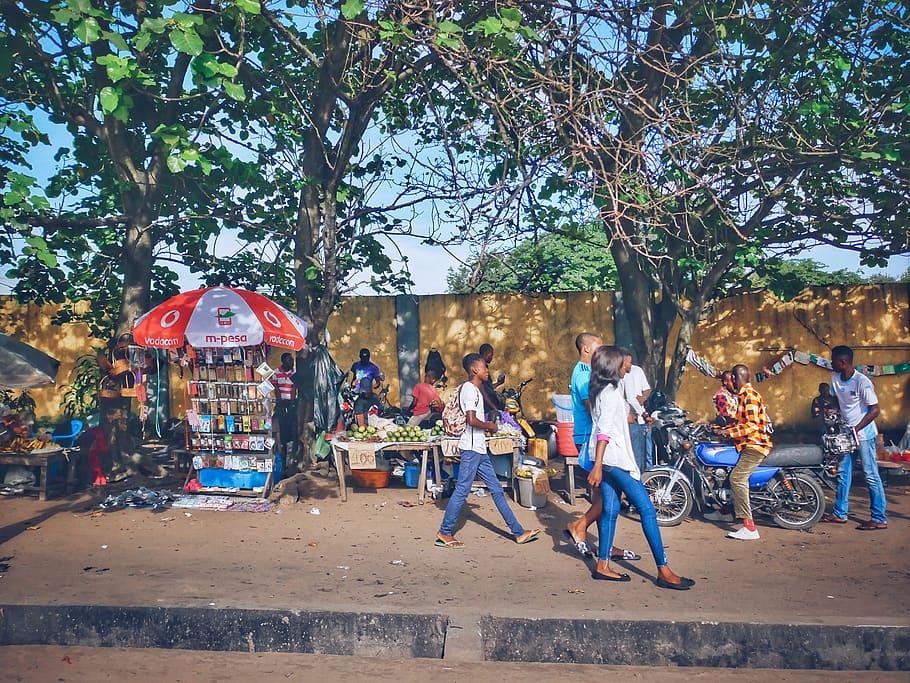 Jongeren met twee eigen talen in Kinshasa